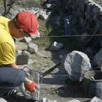 Процесс кладки бутового камня